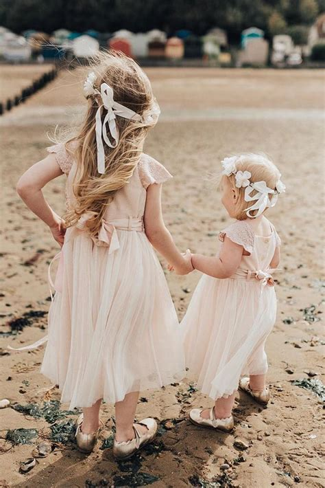 24 Country Flower Girl Dresses That Are Pretty | Wedding