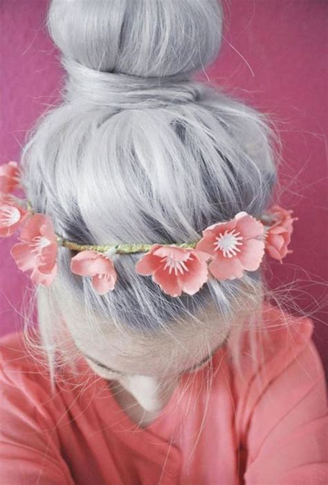 'Granny' Hair Trend: Young Women Are Dyeing Their Hair